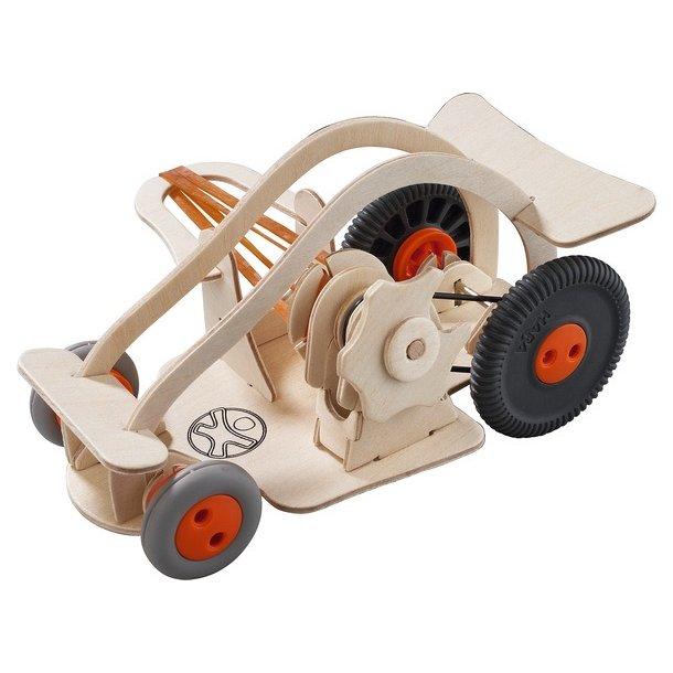 Bil i træ - gør-det-selv fra Haba/TerraKids